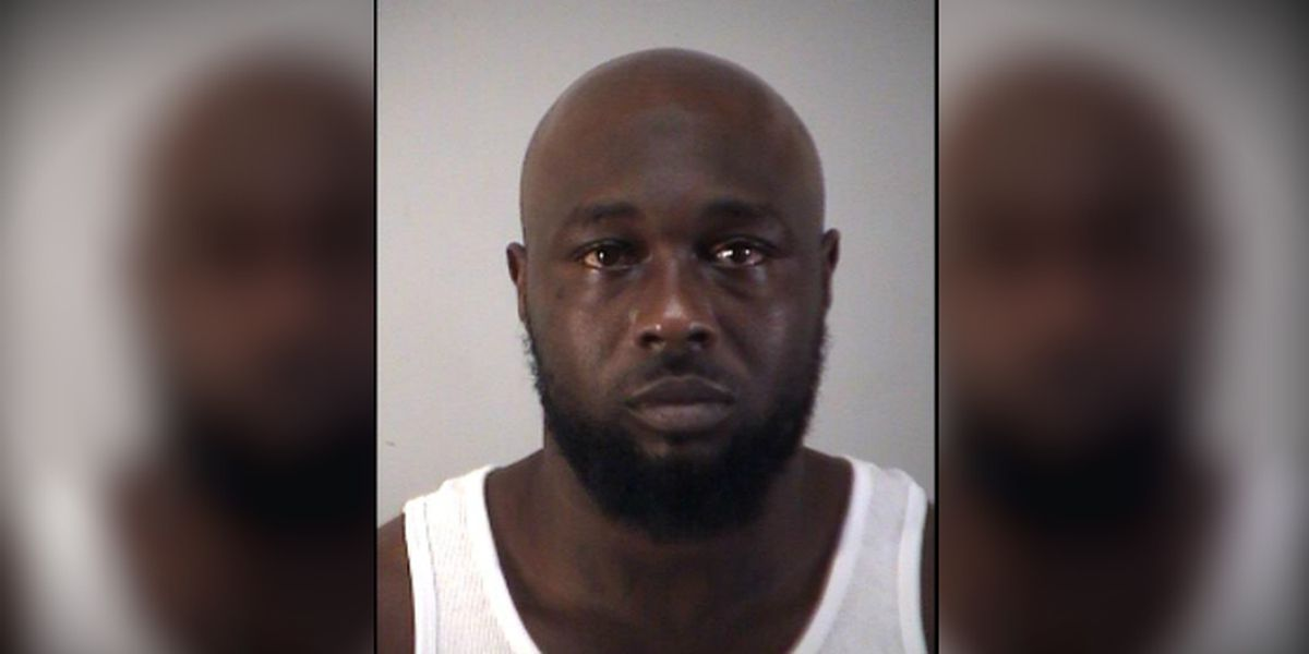 Florida man hits McDonald's worker for taking too long, police say