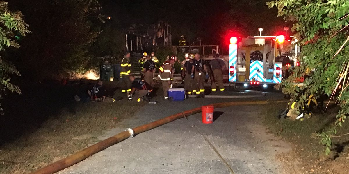 3 firefighters injured in Chesterfield house fire