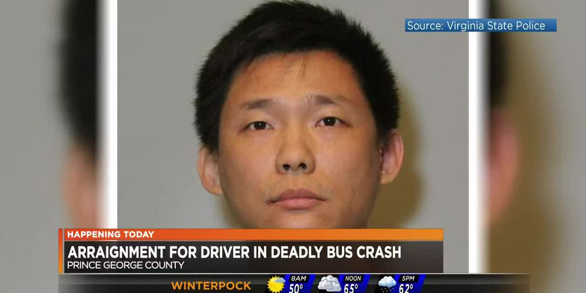 Bus driver in deadly I-95 bus crash due in court
