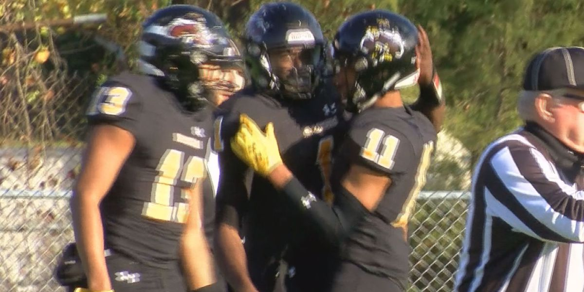 Highland Springs holds off Varina in battle of area football heavyweights