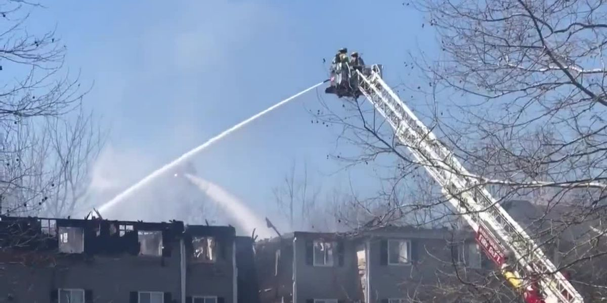 Fire causes major damage to Harrisonburg apartments