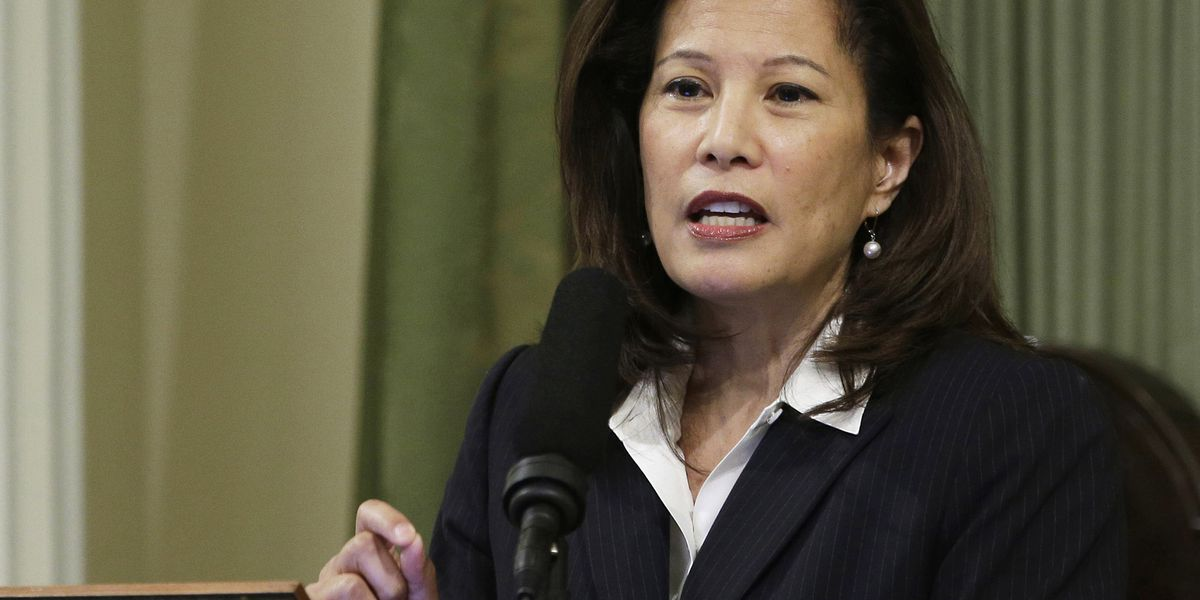 California chief justice gives up Republican Party label