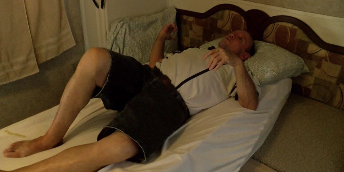 Man with liver cancer sleeping on makeshift bed gets new mattress