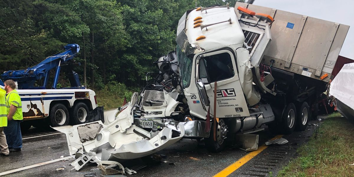 7 injured in 3 crashes involving 7 vehicles on I-64
