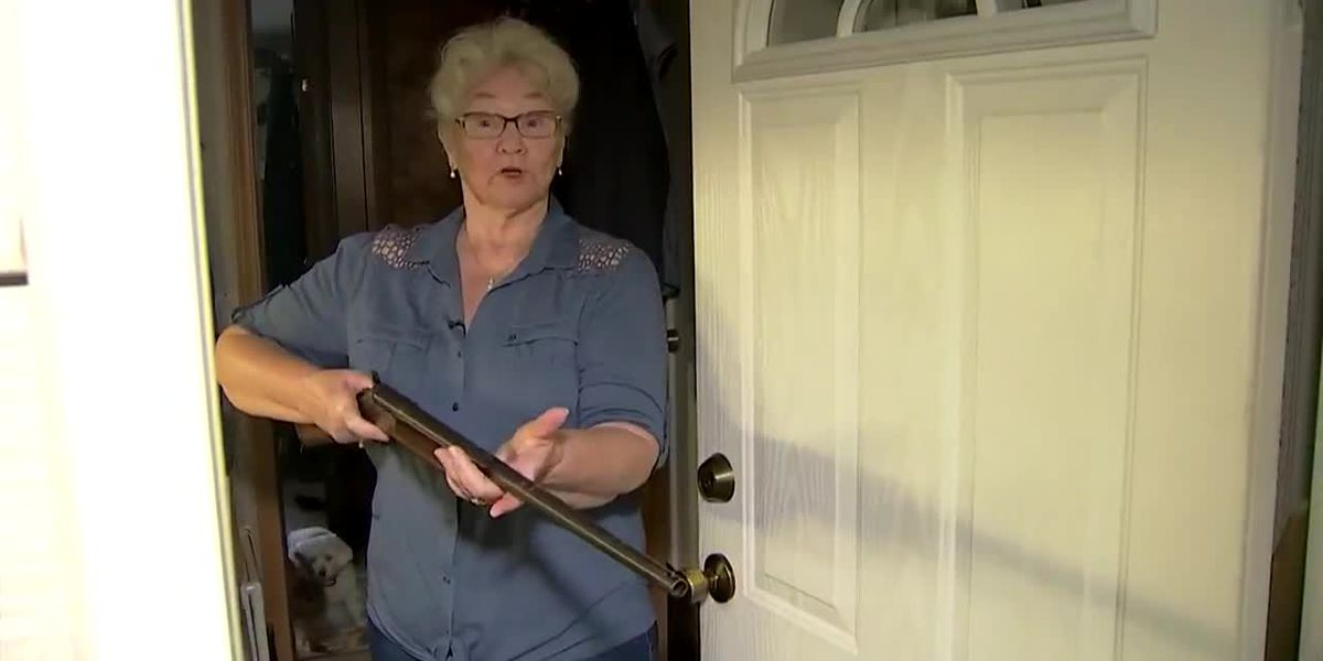 Grandmother holds intruder at gunpoint in Washington