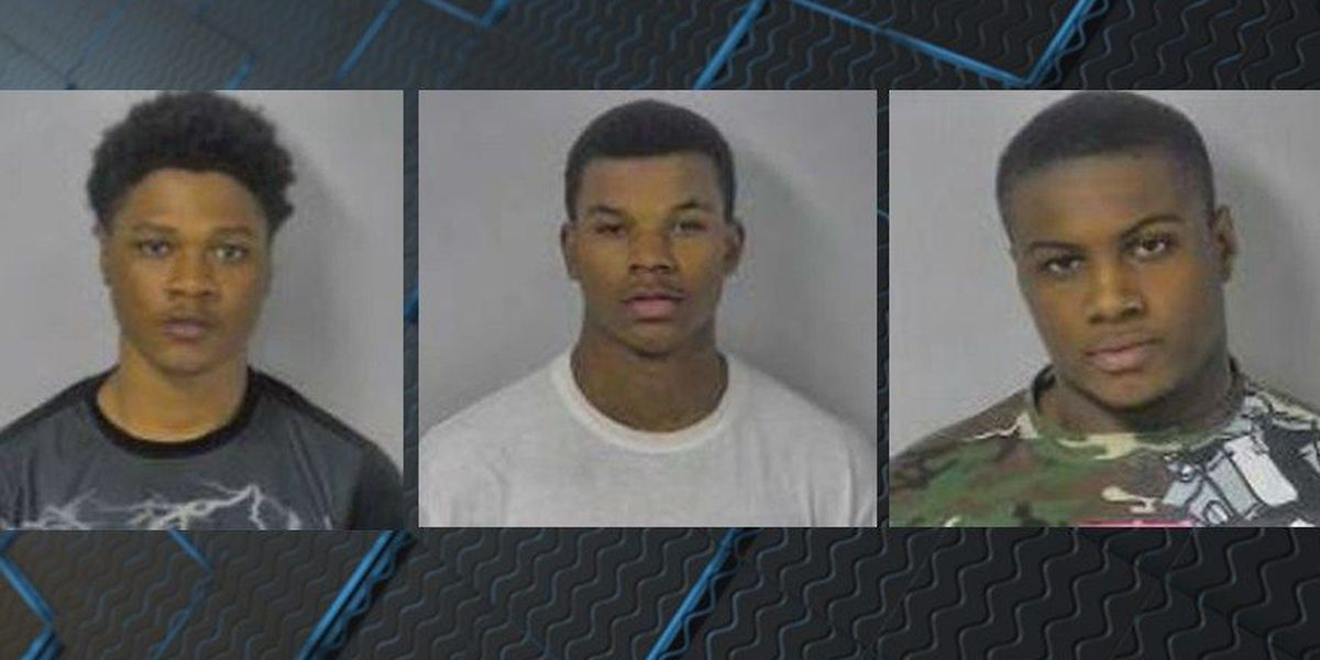 3 people arrested after woman robbed by gunpoint