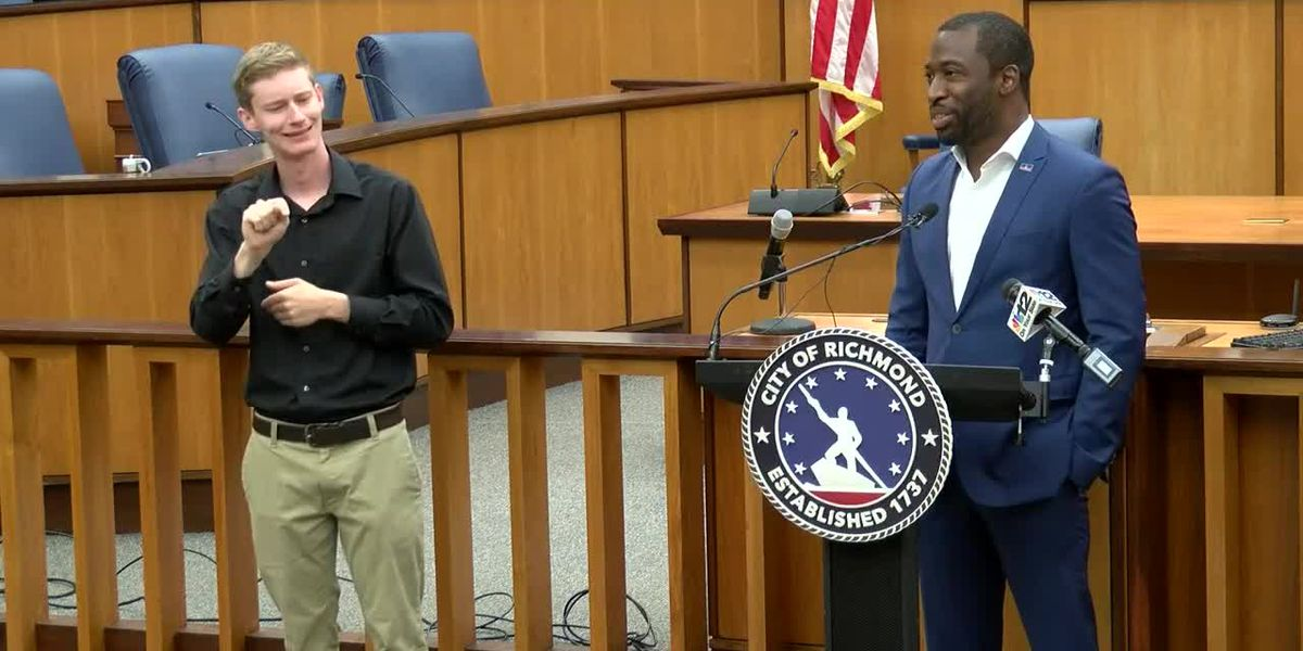 Mayor Levar Stoney gives an update on COVID-19