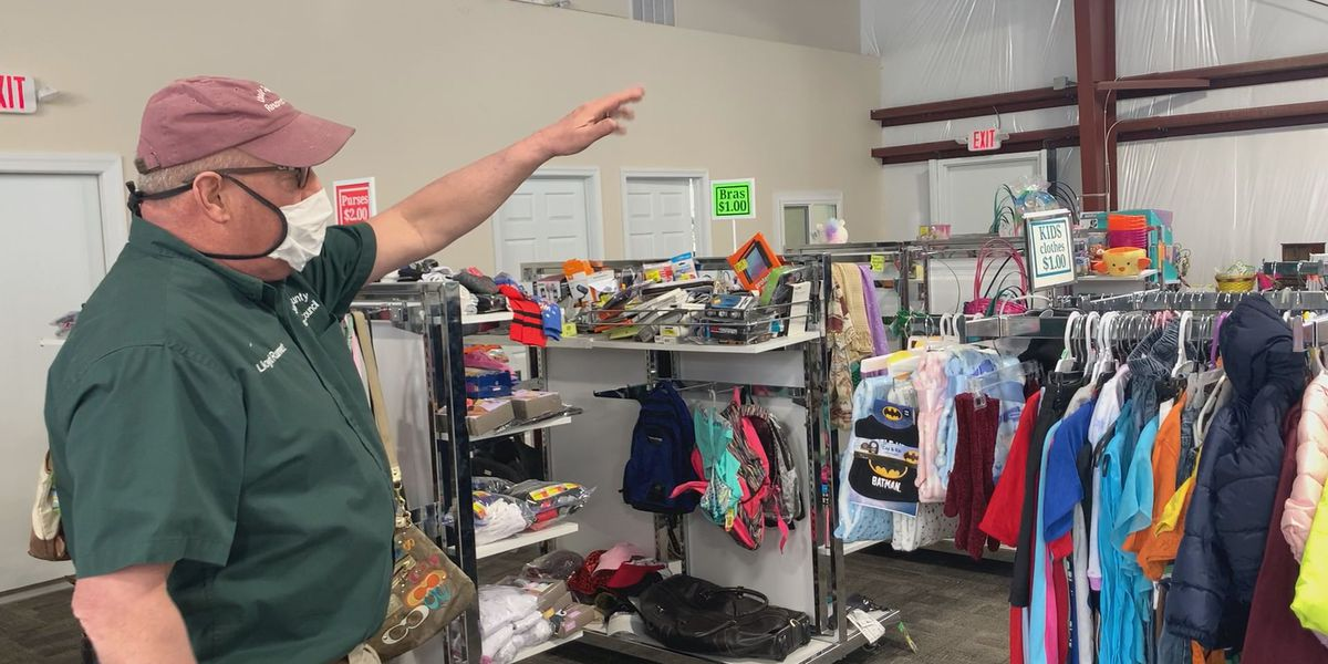 Louisa County Resource Council opens up 'Community Closet'