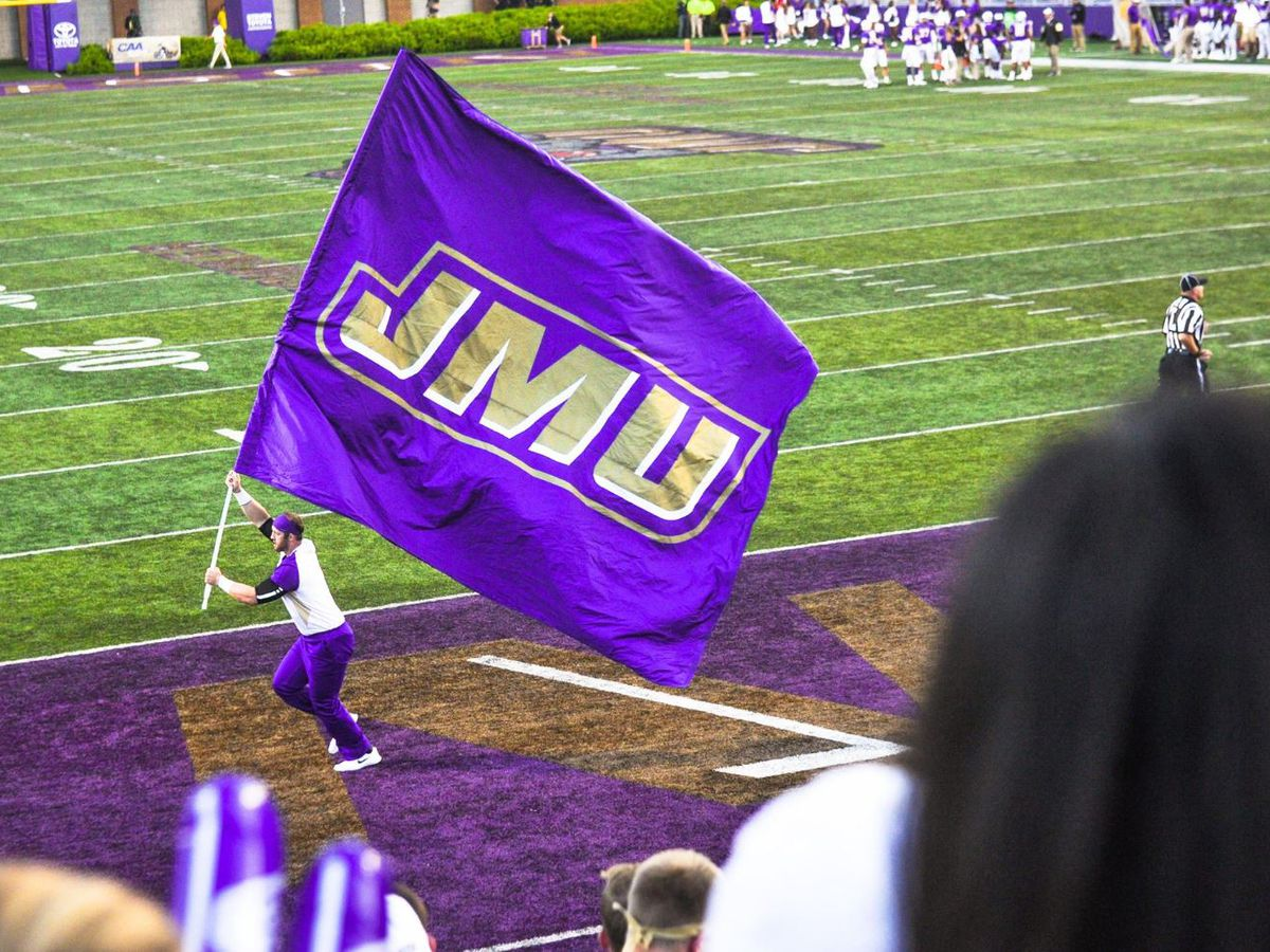 Pick-6 cements James Madison comeback, top Villanova 38-24