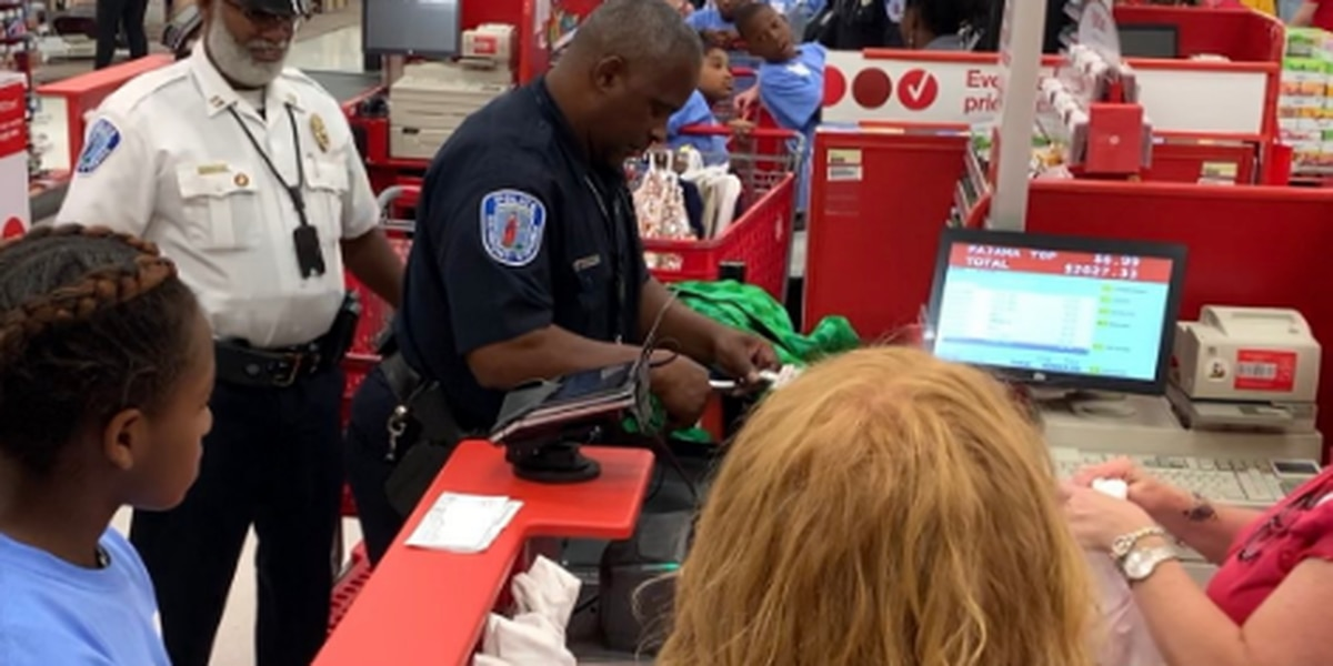 Richmond officers help children with back-to-school shopping