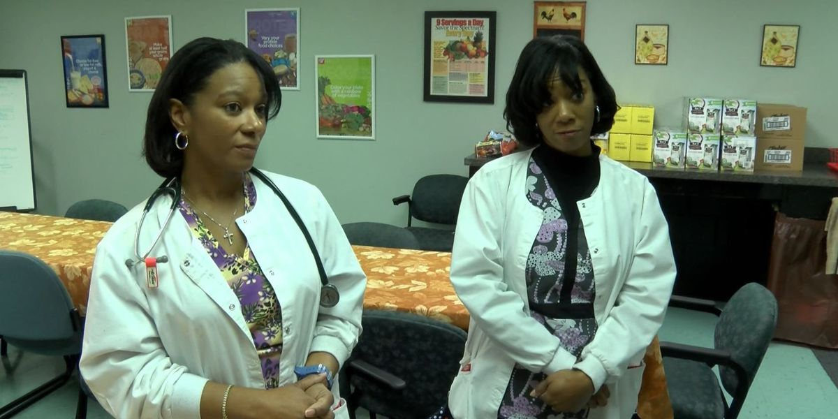 Acts of Kindness: Sisters advocate for twin health struggles