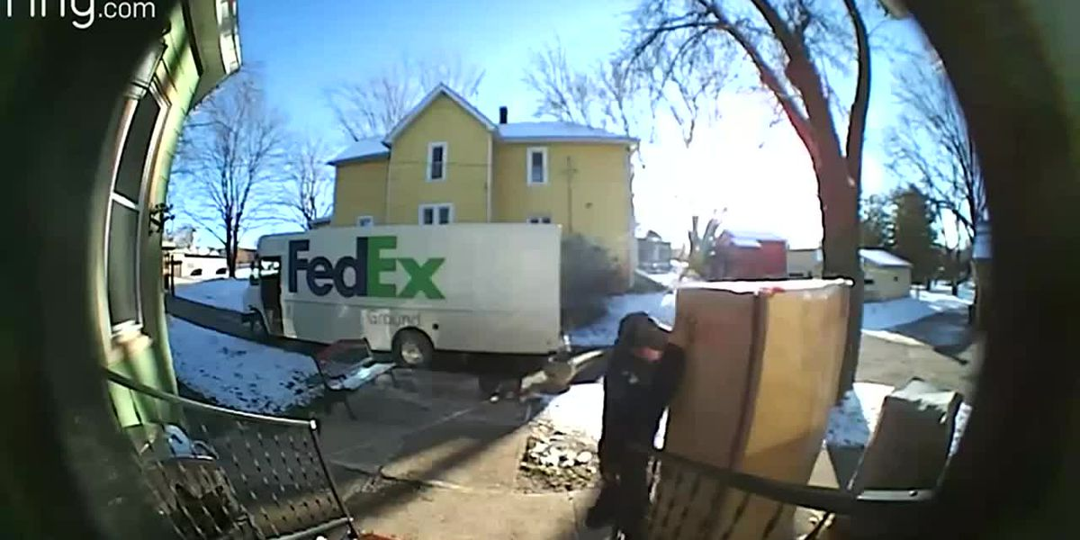 FedEx driver in Wis. has a serious meltdown