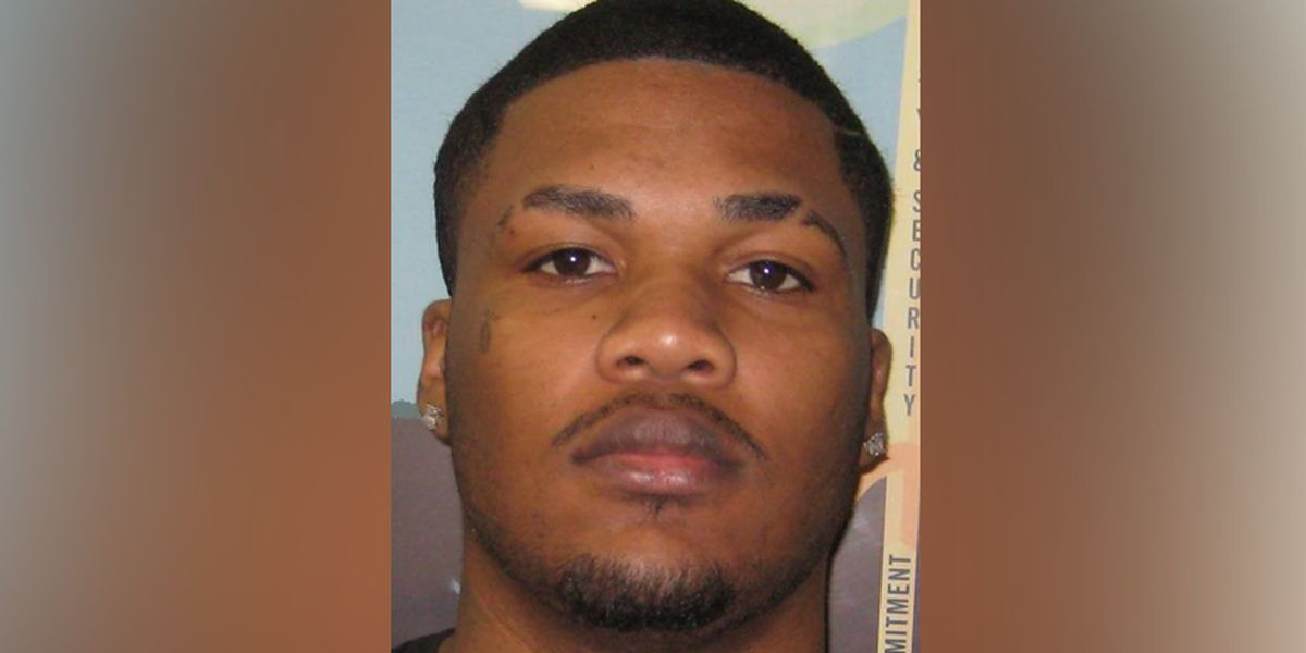U.S. Marshals: Violent sex offender from Richmond remains on the run
