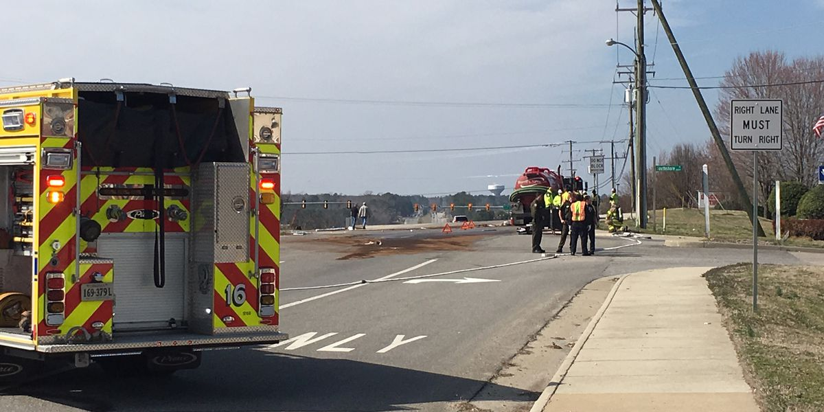 Diesel fuel spills onto Hull Street Road after multi-vehicle crash
