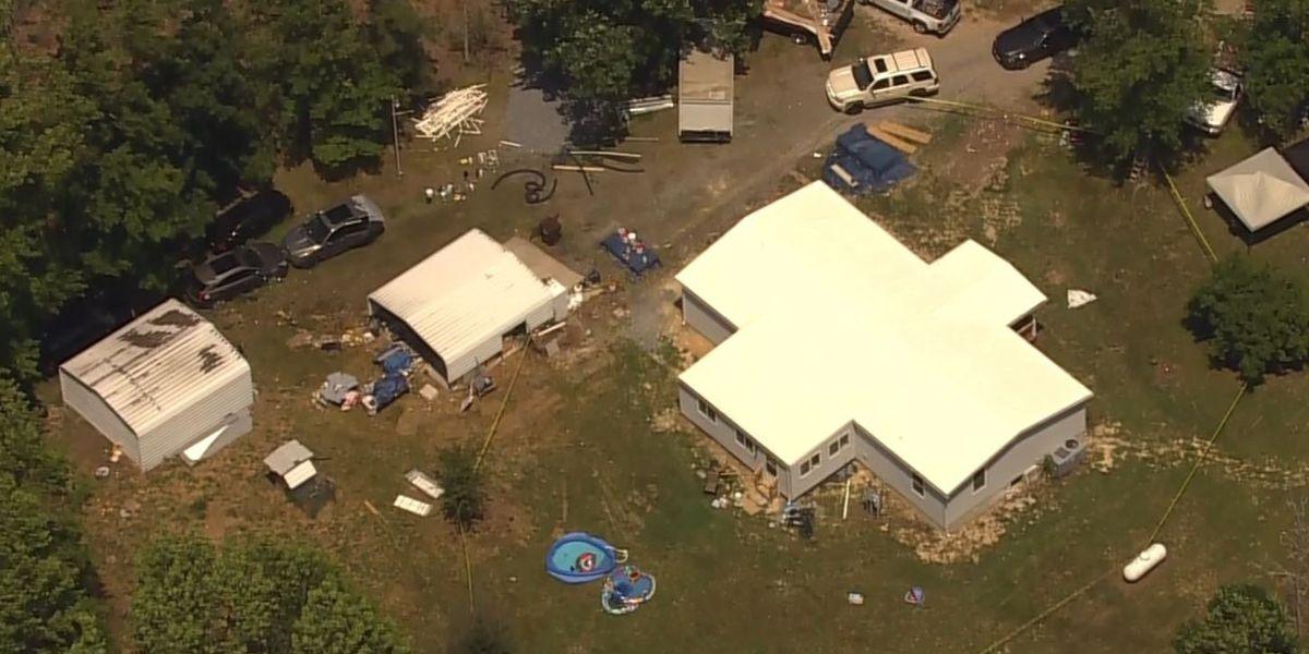 3 people found dead in home identified; 2 children found alive