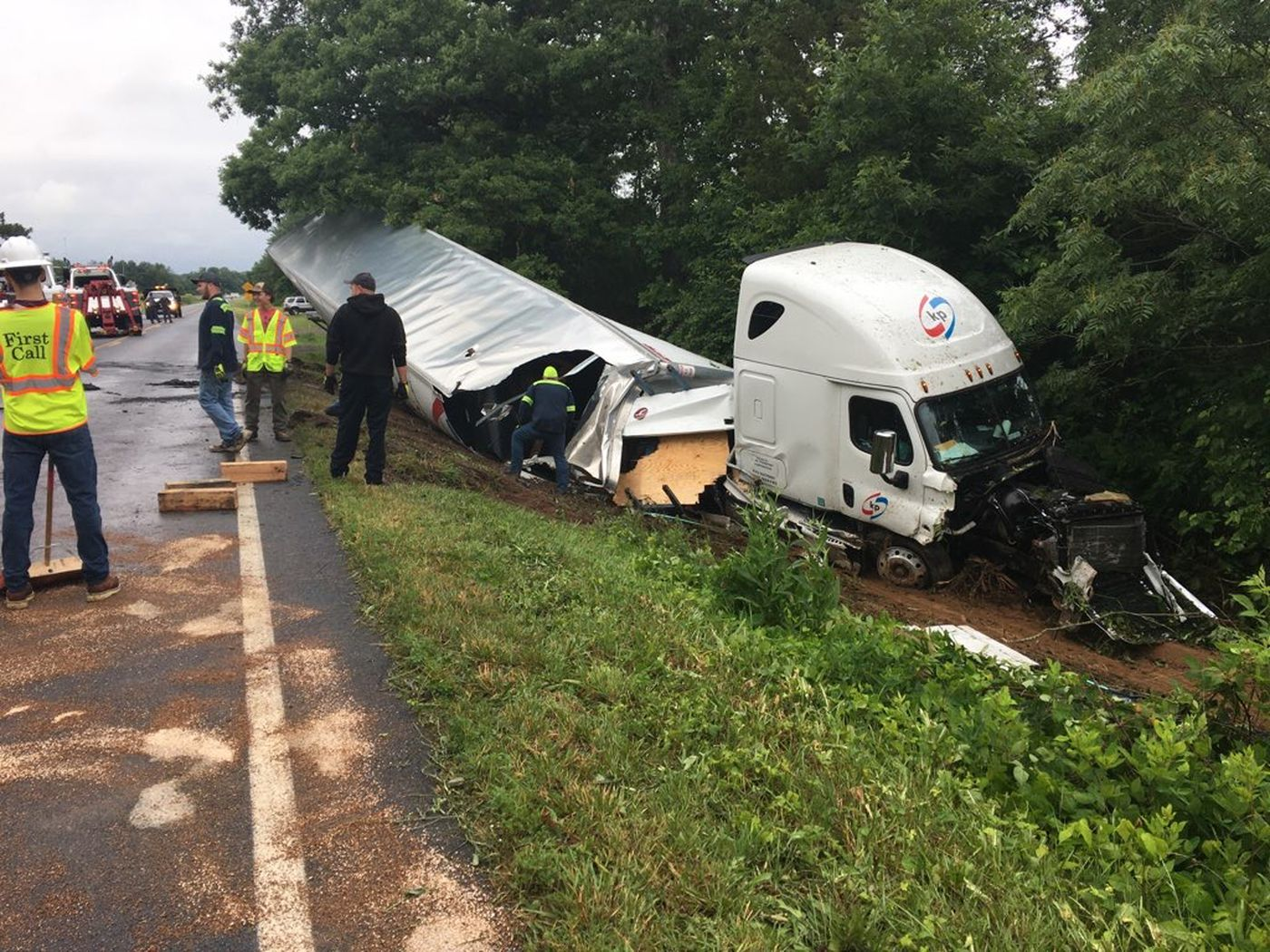 Man airlifted to hospital after tractor-trailer crash in