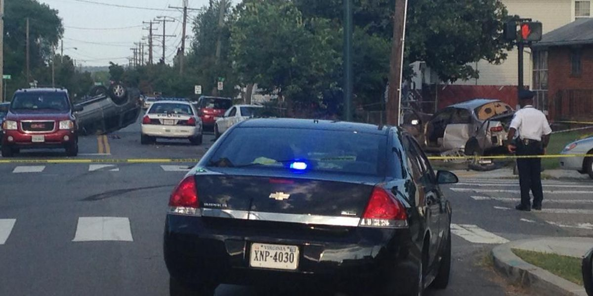 Richmond high speed chase ends in crash, woman seriously hurt