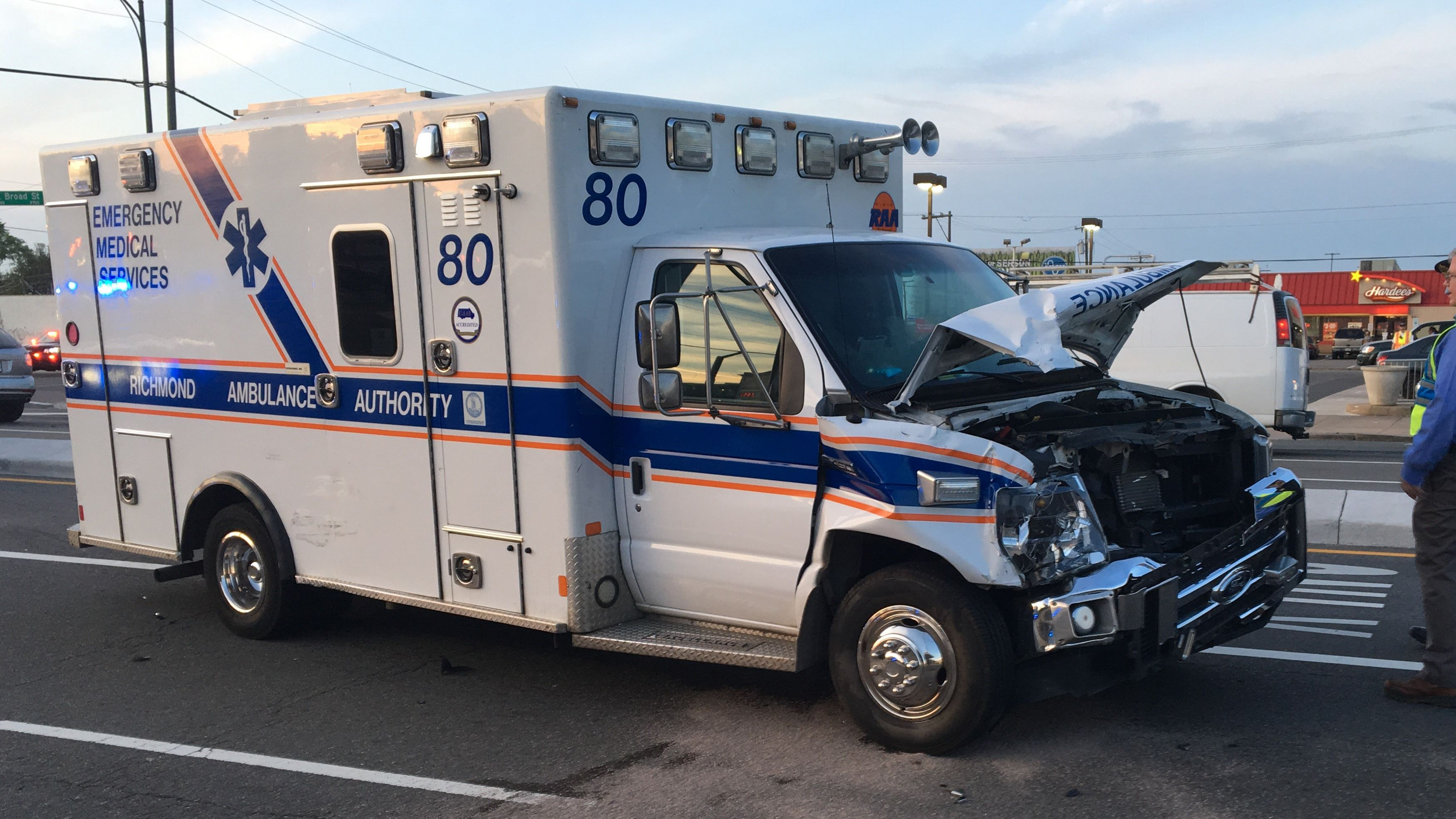 4 injured in crash involving Richmond ambulance