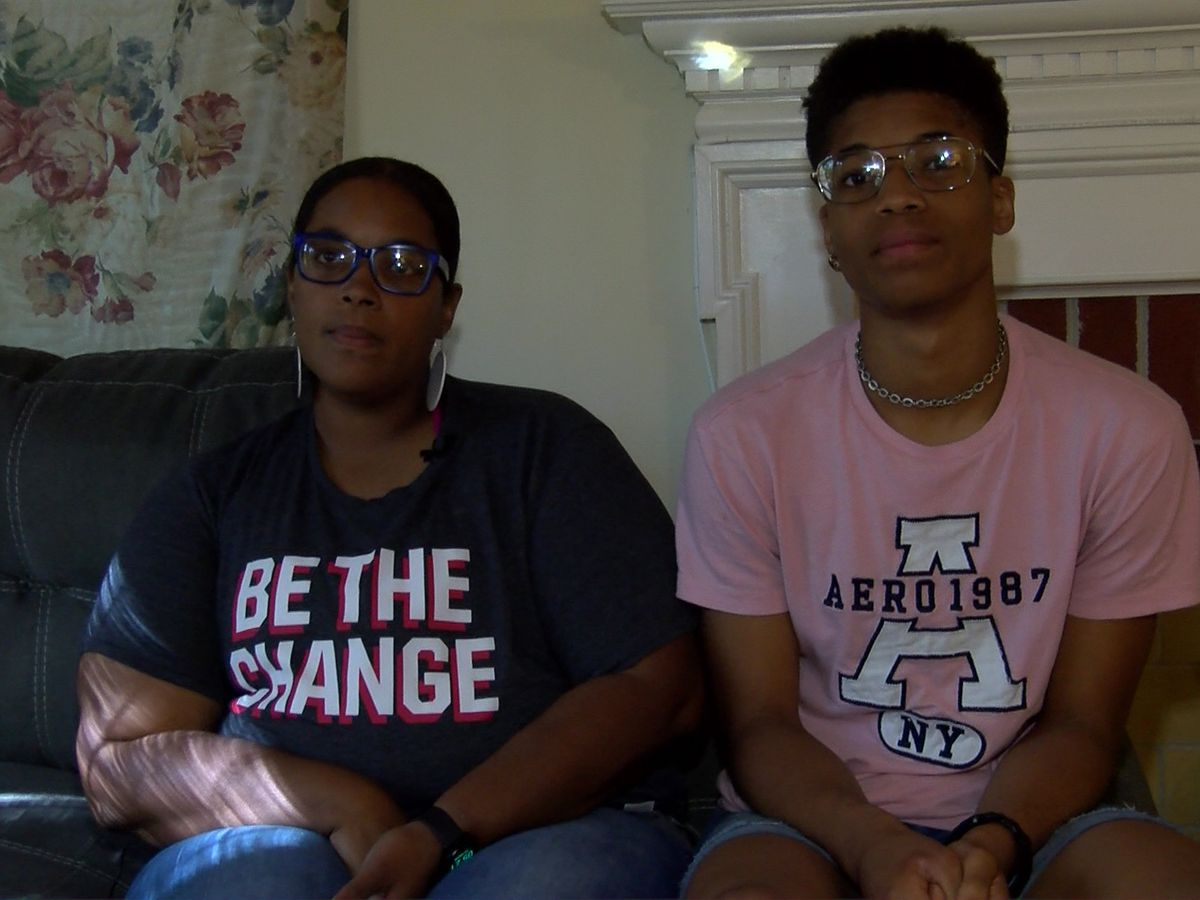 'It makes me angry': Henrico teen furious after Capitol Police officer forces him to stand for pledge
