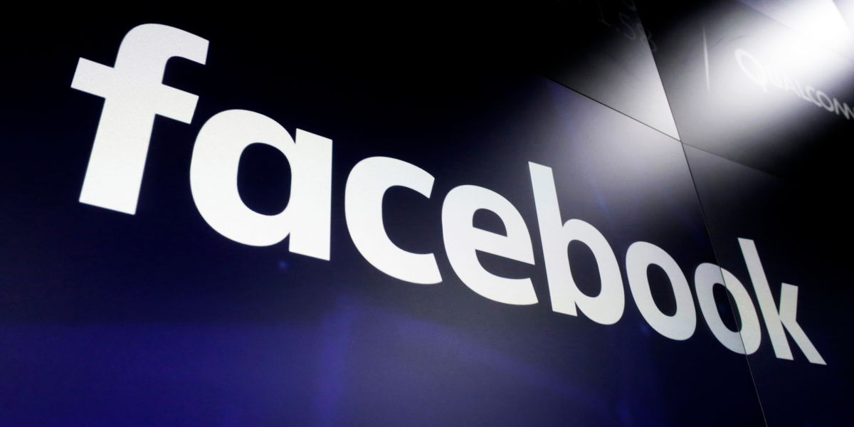 Facebook users report outage, inability to log on