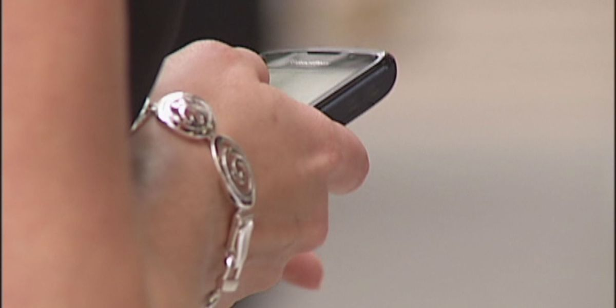 On Your Side Alert: What to do when scammers target your cell phone