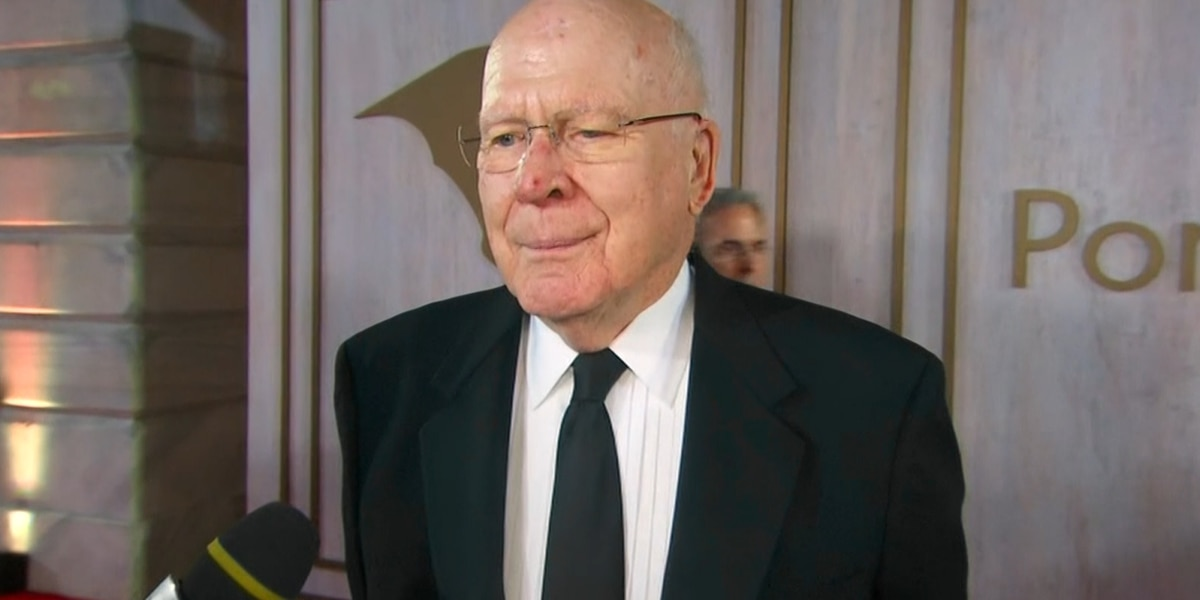 Vermont Sen. Patrick Leahy returns home after hospital visit