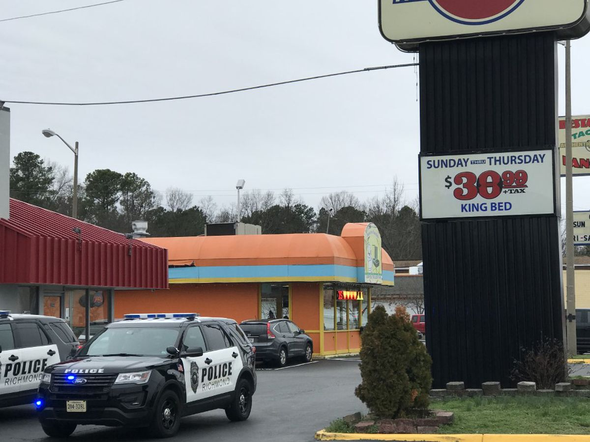 Man dies after being shot at the Midlothian Inn