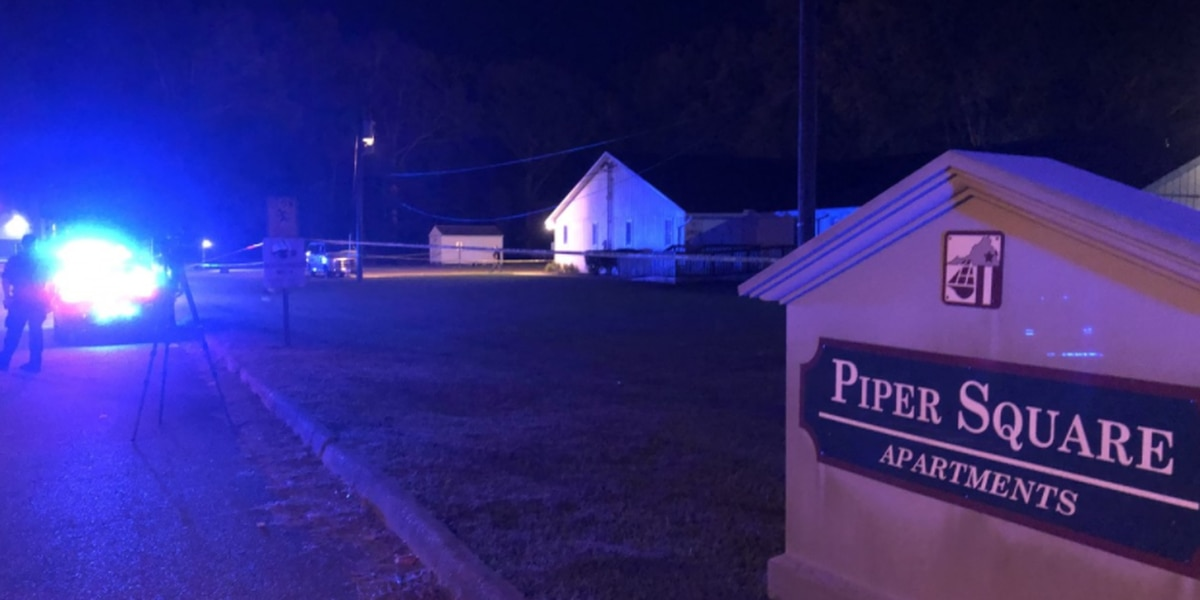 Man in critical condition following shooting at apartment complex