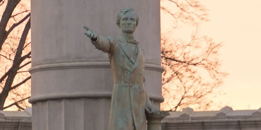 Norfolk to challenge law barring moving Confederate monument