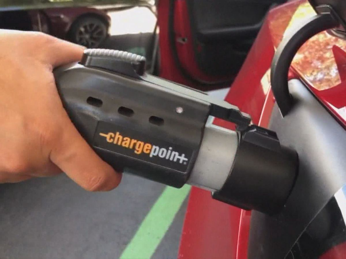 Va. becomes 1st 'Zero Emission Vehicle' state in the south with passage of 4 bills