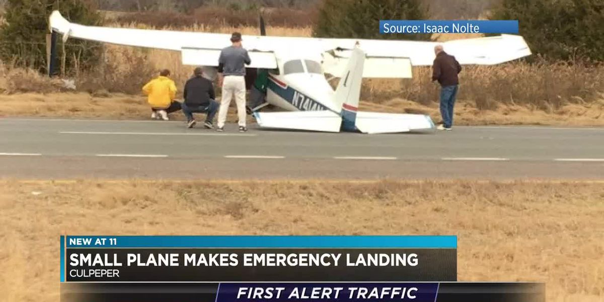 Plane crashes on Virginia highway