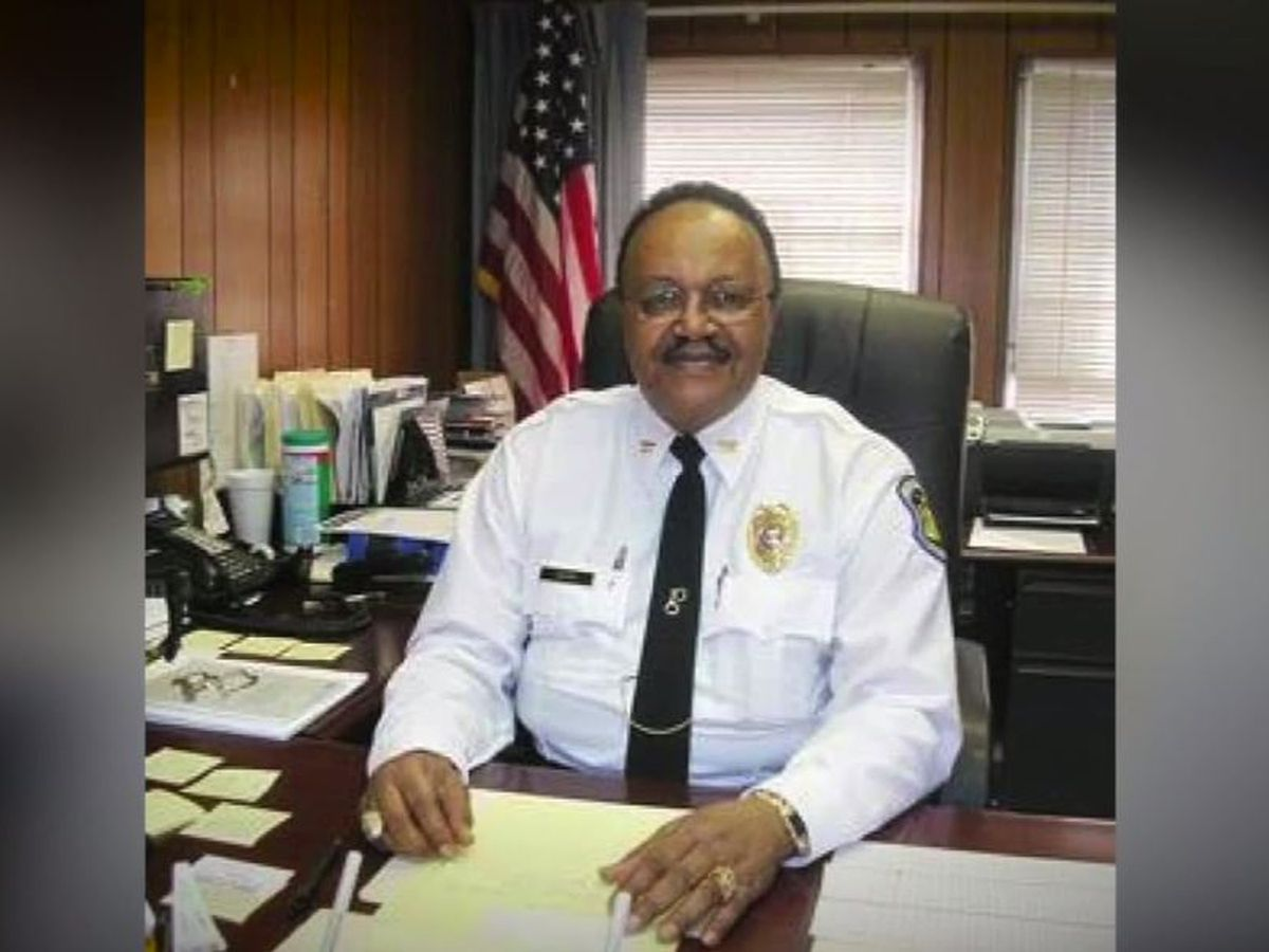 Retired St. Louis police captain killed amid unrest; 4 shot in separate incident
