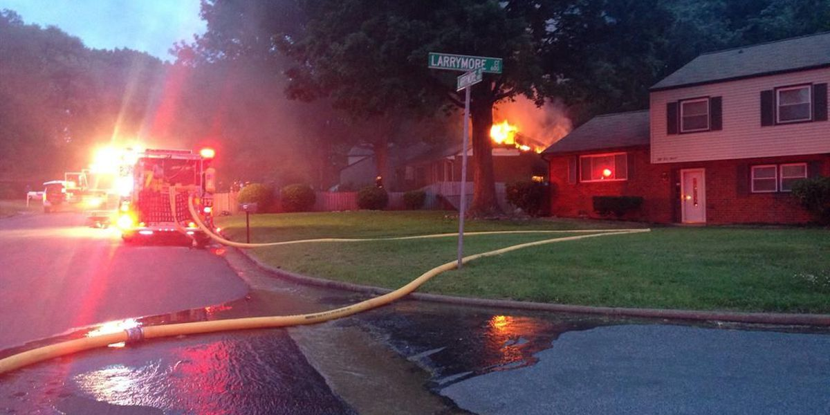 Woman escapes house fire in Richmond's Southside