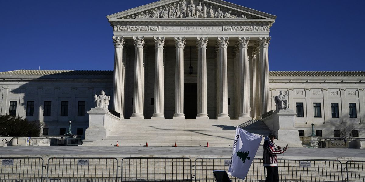 Supreme Court takes on early stage of global warming case