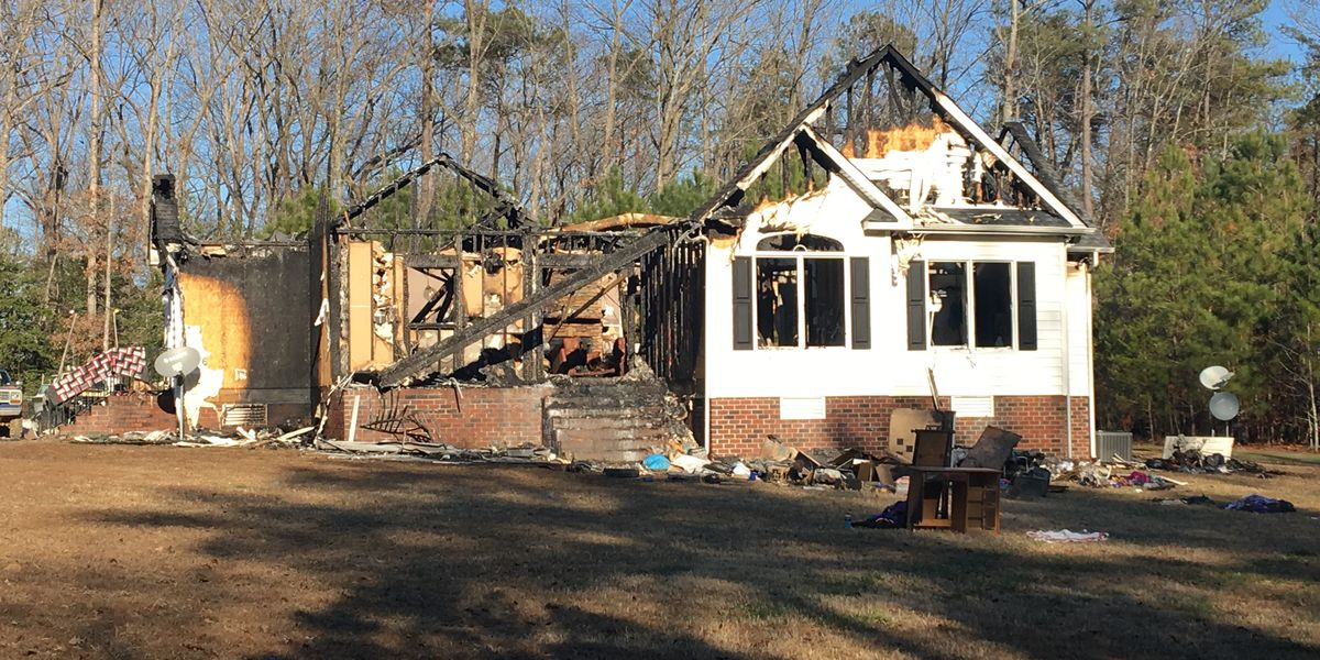Family of 3 loses home to fire one week before Christmas
