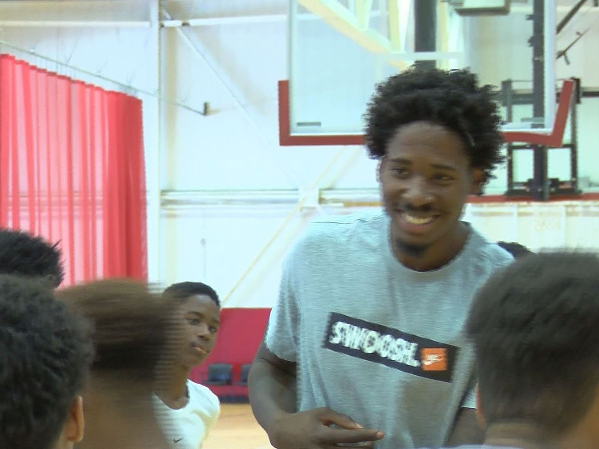 Ed Davis returns to Richmond to host free youth camp