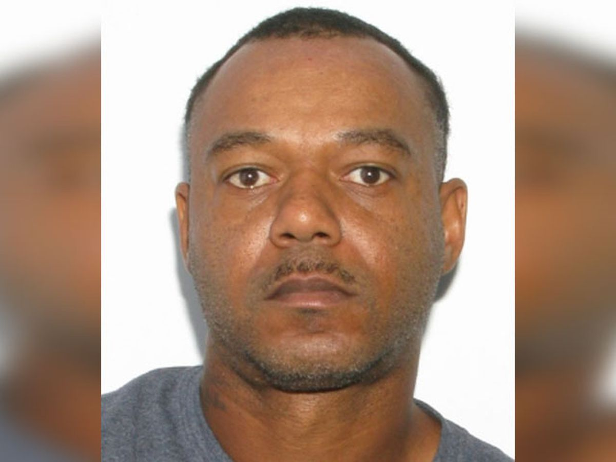 Sheriff's office searching for man wanted for grand larceny