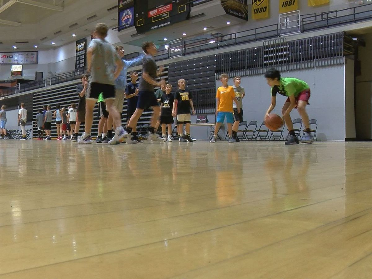 VCU players share knowledge at Mike Rhoades Basketball Camp
