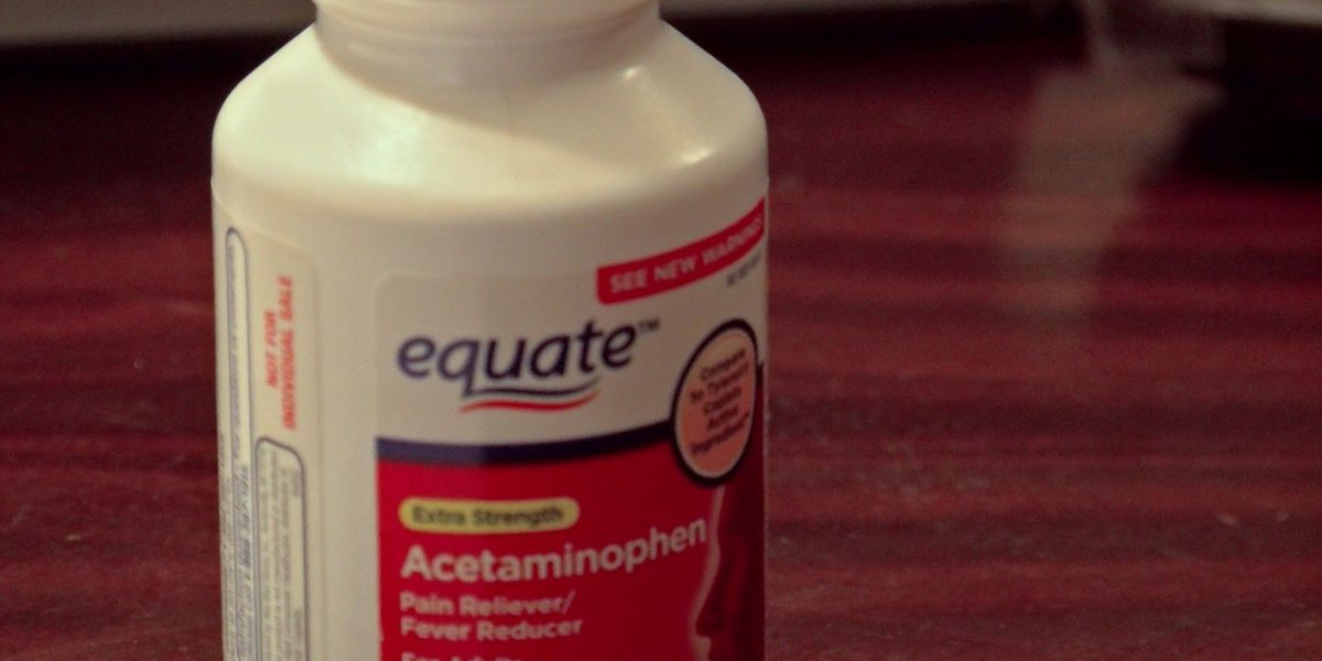 Student suspended for 9 weeks over off-brand Tylenol