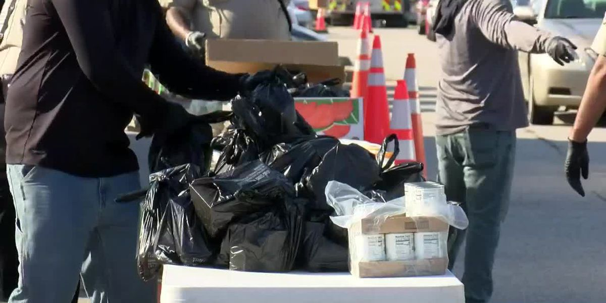 Hopewell police deliver 51,000 lbs of food during Thanksgiving community drive