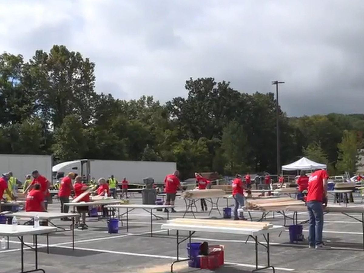Lowe's employees help build 40 bunk beds for kids in need