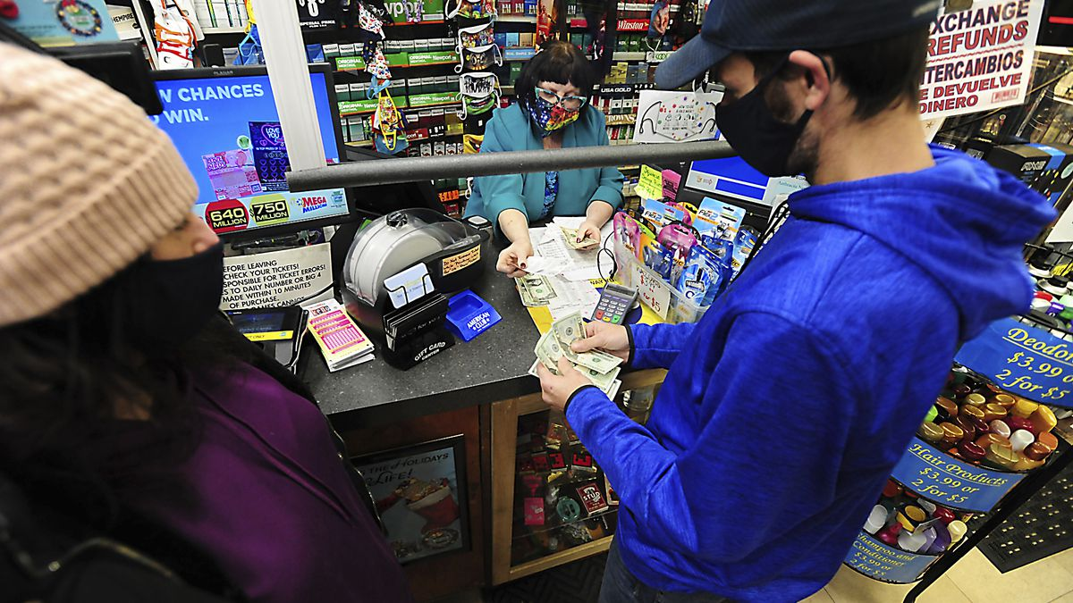 Powerball jackpot grows to $730M; Mega Millions to be $850M