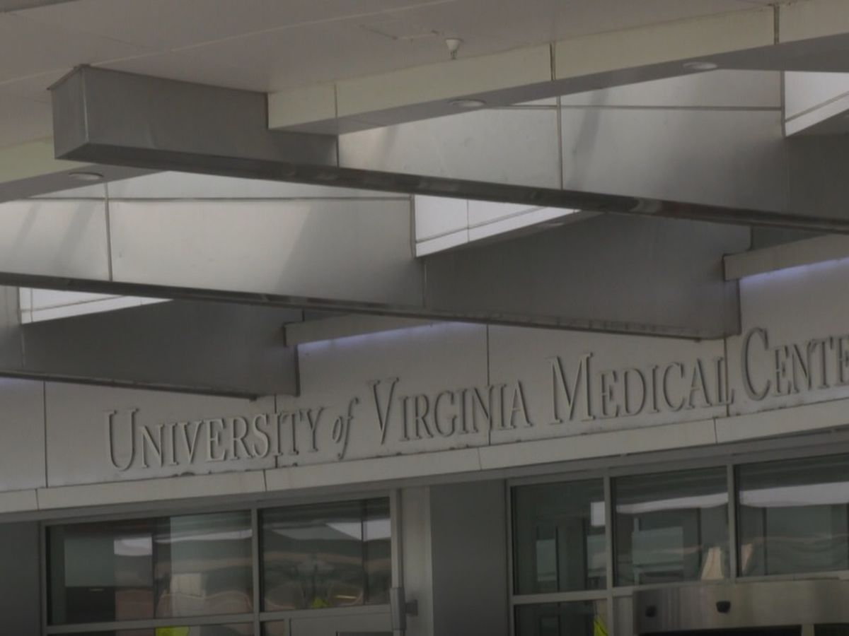 Kaine, UVA Health workers discuss healthcare providers mental health protections bill