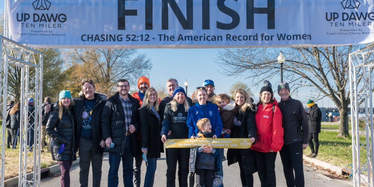 Midlothian's D'Amato sets 10-mile American record