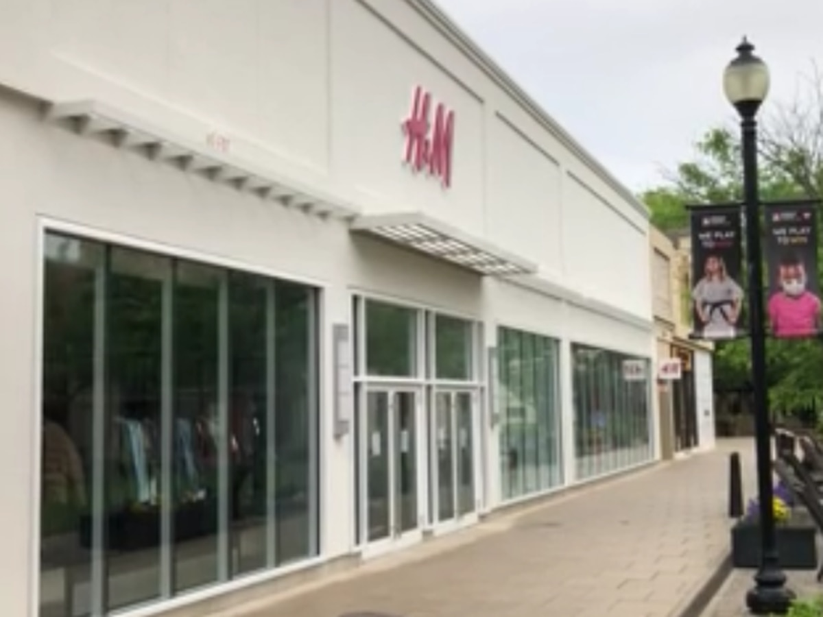 H&M store permanently closing at Stony Point Fashion Park