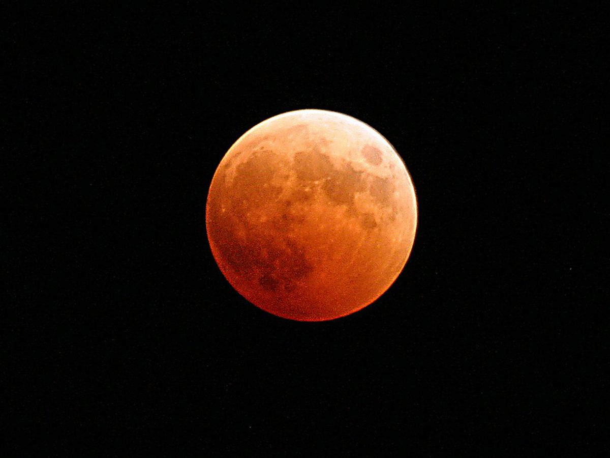 Total lunar eclipse visible Sunday night in Virginia