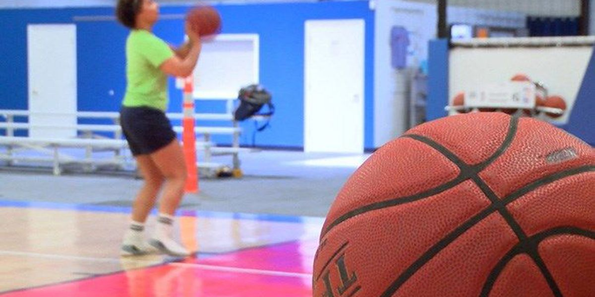 Chesterfield woman pursues hoops dream at 27