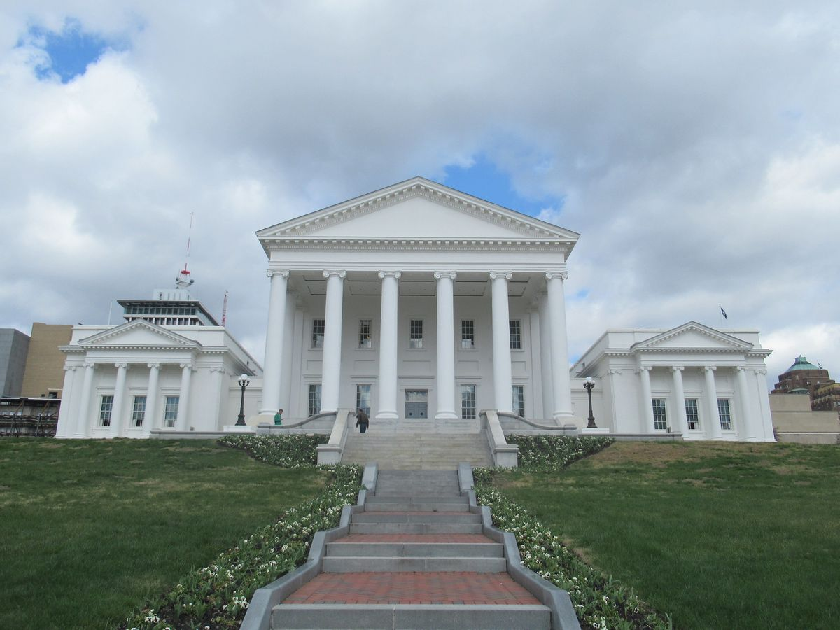 Lawmakers amend Virginia Human Rights Act; kill workplace harassment bills