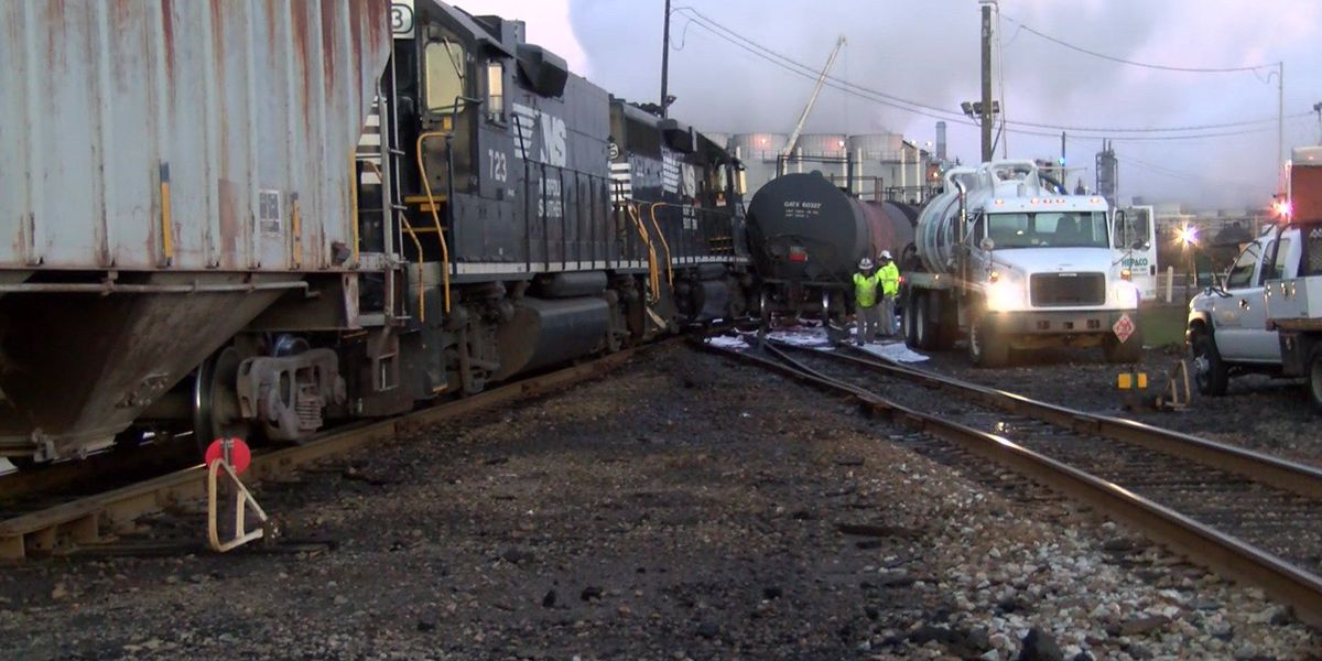 Diesel fuel leaks after trains collide in Hopewell