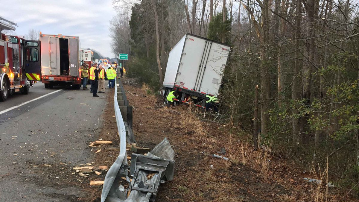 Hazmat crew responds to tractor-trailer crash on I-95